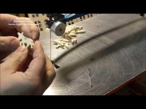 Kleine Holz Esel für die Weihnachtsgeschichte an der Dekupiersäge gesägt
